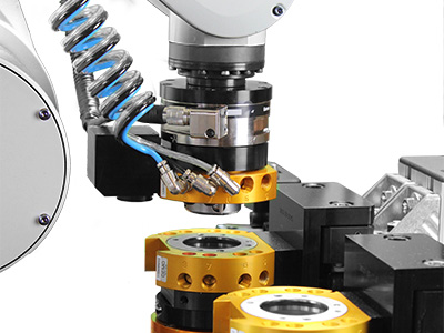 ATI Robotic Tool Changers provide the flexibility to automatically change end-effectors or other peripheral tooling. These Tool Changers are designed to function reliably for millions of cycles at rated load while maintaining extremely high repeatability. For this reason, the ATI Tool Changer has become the number one tool changer of choice around the world.